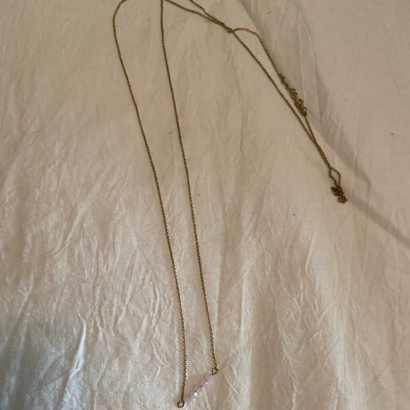 Jewelry - Long delicate necklace